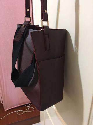 酒紅色兩款背式包包