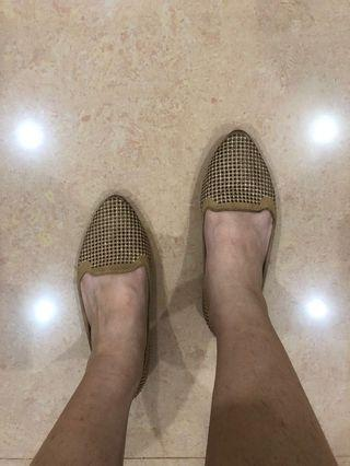 Golden Slim Flat Shoes