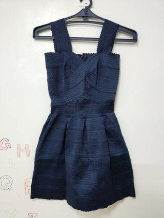 Y. T現貨實拍 二手 深藍色 繃帶小洋裝