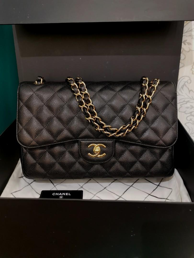 #22 Like New Chanel Jumbo Classic Double Flap Black Caviar with GHW