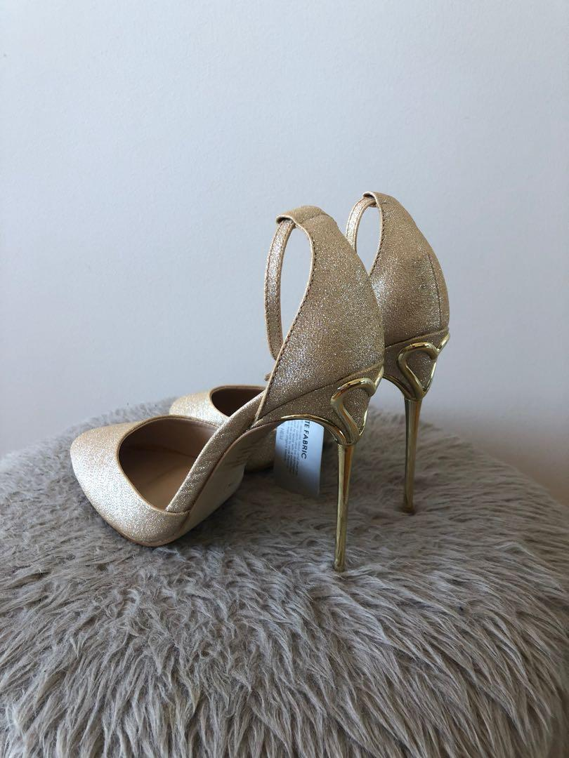 Forever New Size 36/6 Gold Glitter Stiletto Point Heels