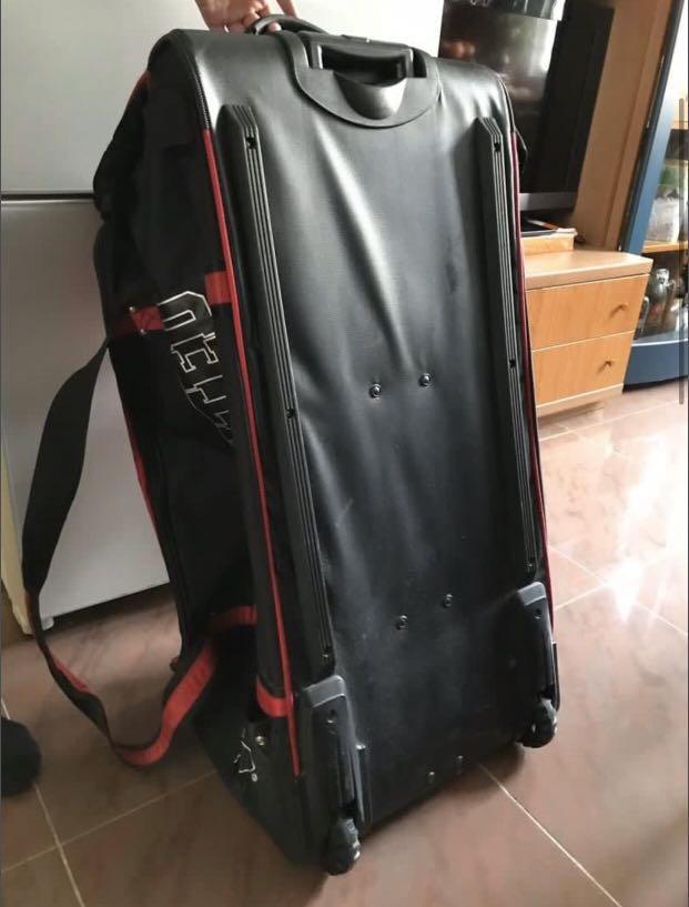 Hockey luggage bag 冰上曲棍球行李箱