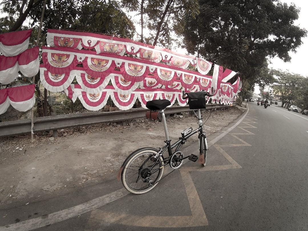 London taxi Bike