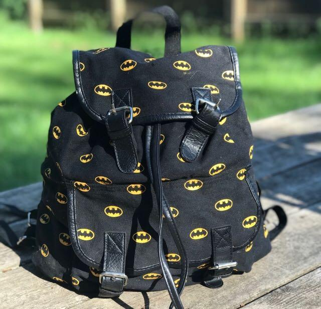 Pull String Magnetic Batman logo Backpack Marvel Black Yellow Boys Girls Stylish