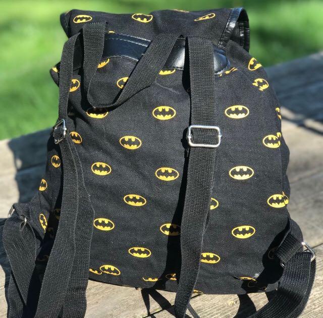 Pull String Magnetic Batman logo Backpack Marvel Black Yellow Boys Girls Stylish