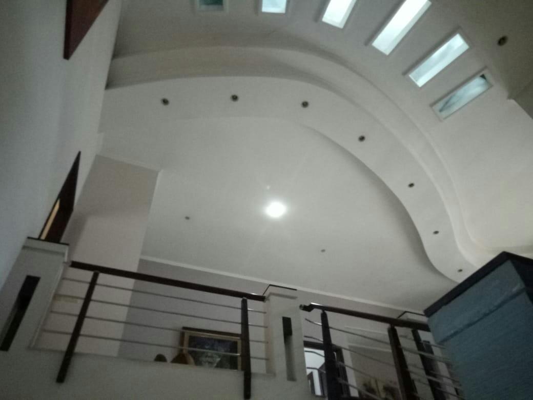 Rumah mewah Desain modern ada kolam renang nyadi JATIPADANG  pasar minggu JAKARTA SELATAN