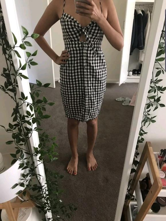 Sportsgirl black/white gingham tie front dress size 8