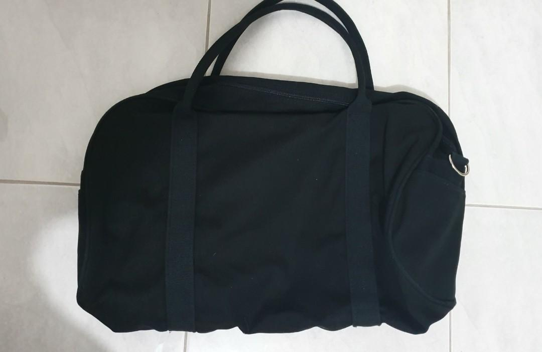 THE ICONIC sports gym bag - black