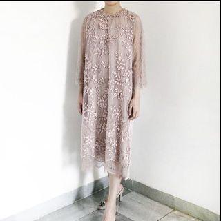 Kina atelier fleur lady dress for rent