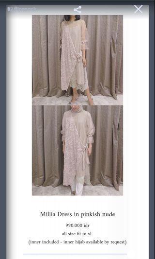 Kina atelier dress for rent