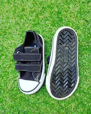 Baby Shoes air walk size 7
