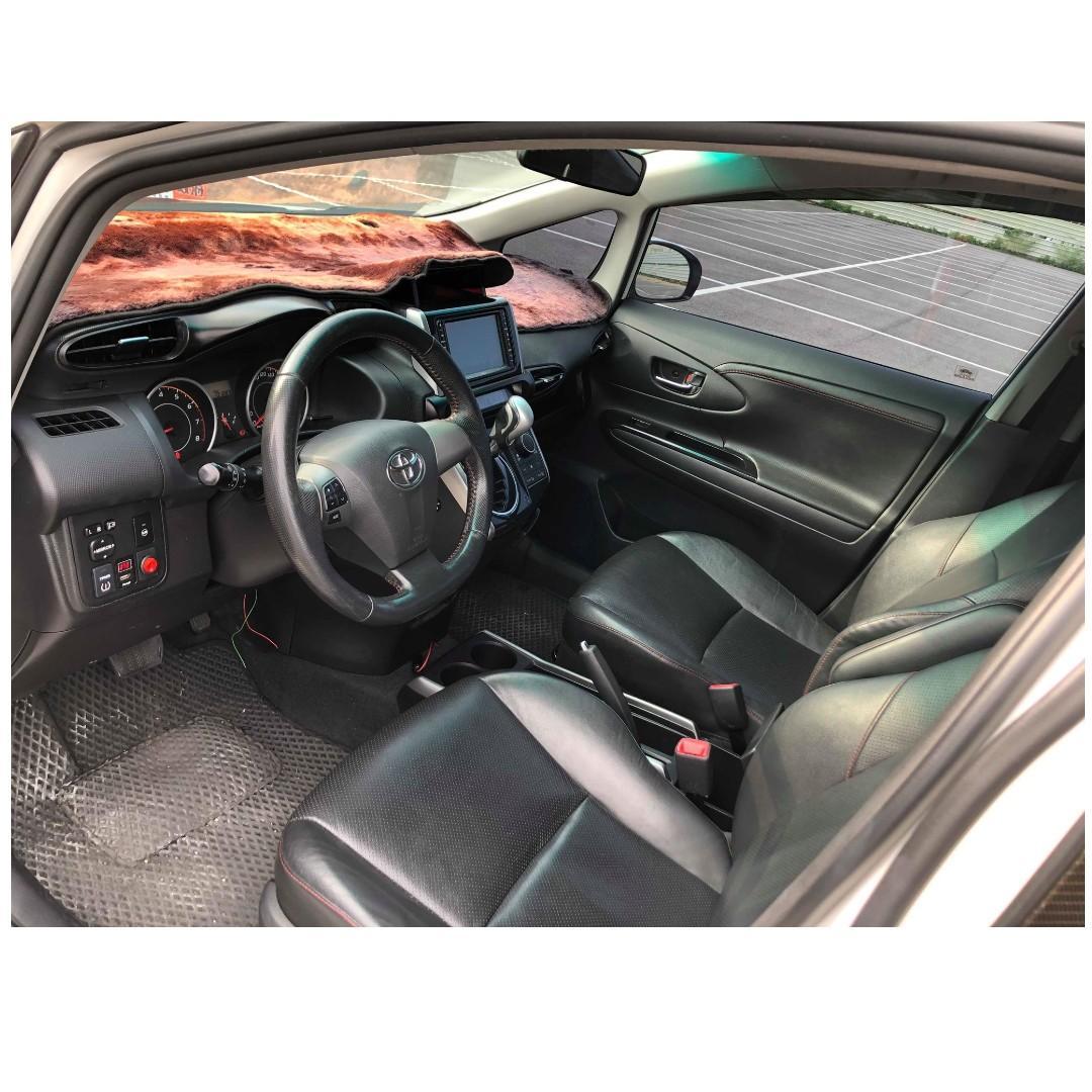 2014年Toyota wish E-HI 2.0 七人座💯滿20歲持雙證件皆可辦理