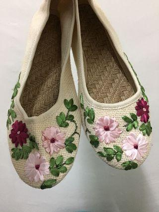 Embroidered Ballet Flats