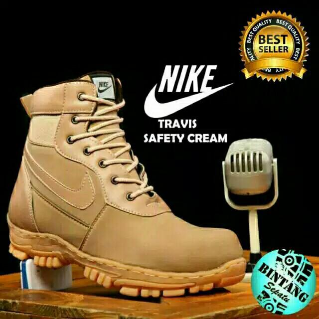 PO) Nike safety boots Travis. With