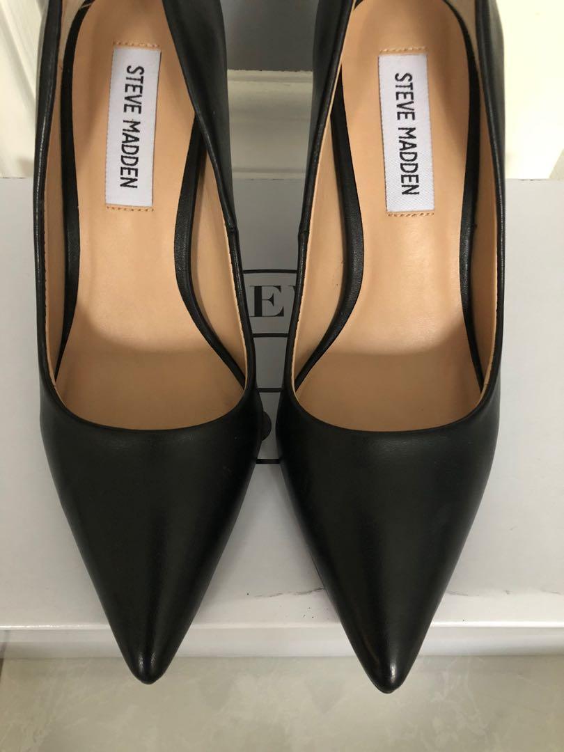 Steve Madden Black Leather Pointed Toe Heel Size 5