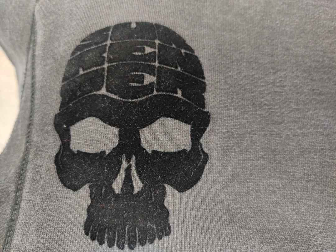 Unkle x Futura x Surrender  limited edition Skull  crew neck