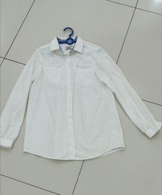 Women White shirt seed