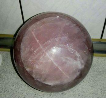 5.2公斤非死棉體,天然六芒星粉晶球,六星芒粉晶球,星光粉晶球,冰透紫粉晶球,15.5公分直徑重5.213公斤,芒星效應