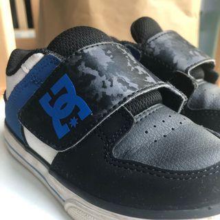DC Black Shoes