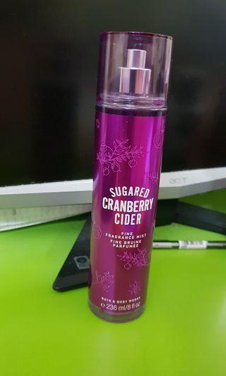 Bath and body works mist (Sugared cranberry cider)
