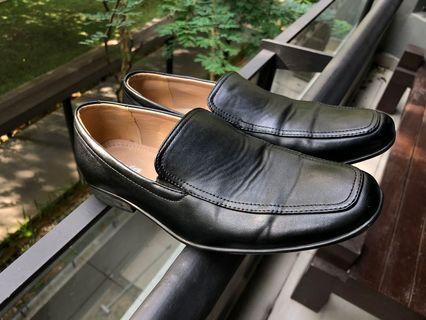 Bata office shoe
