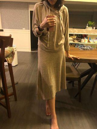 運動服套裝 裙子不對稱剪裁 休閒風