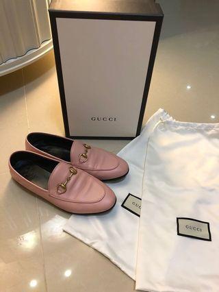 Gucci 粉色後踩平底鞋,9成新