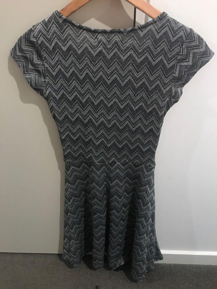 BNWT Dangerfield 'sunshine' mini dress sparkly RRP $64