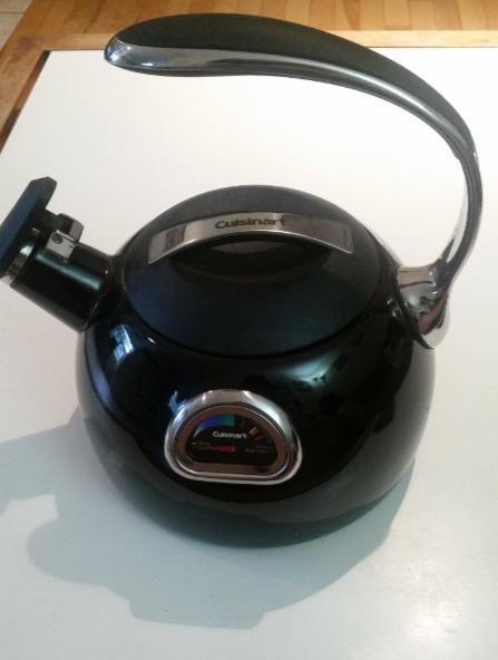 Cuisinart PTK330R PerfecTemp Porcelain Enameled Teakettle, black
