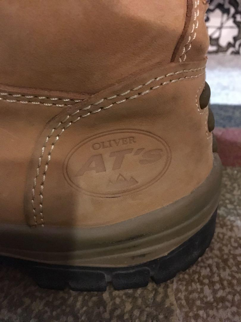 Oliver AT's .I'ndustrial Work Boots. By Honeywell. Size 8