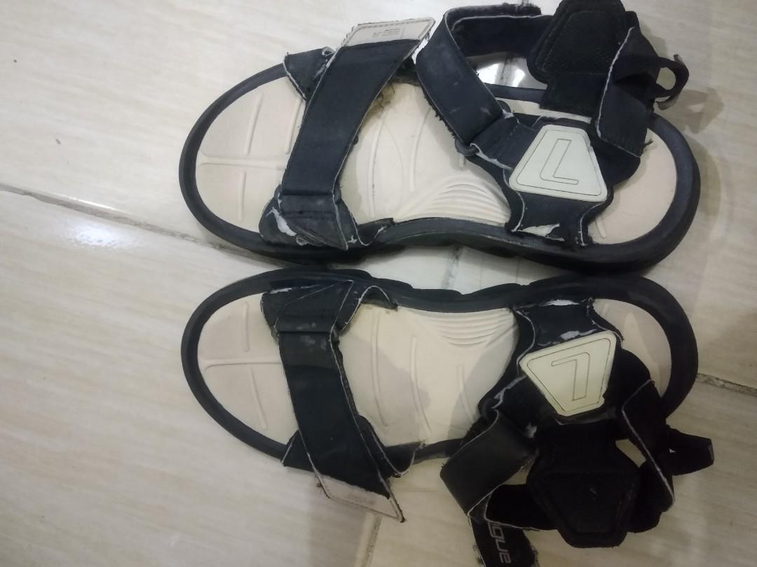 Sendal gunung / sandal sport