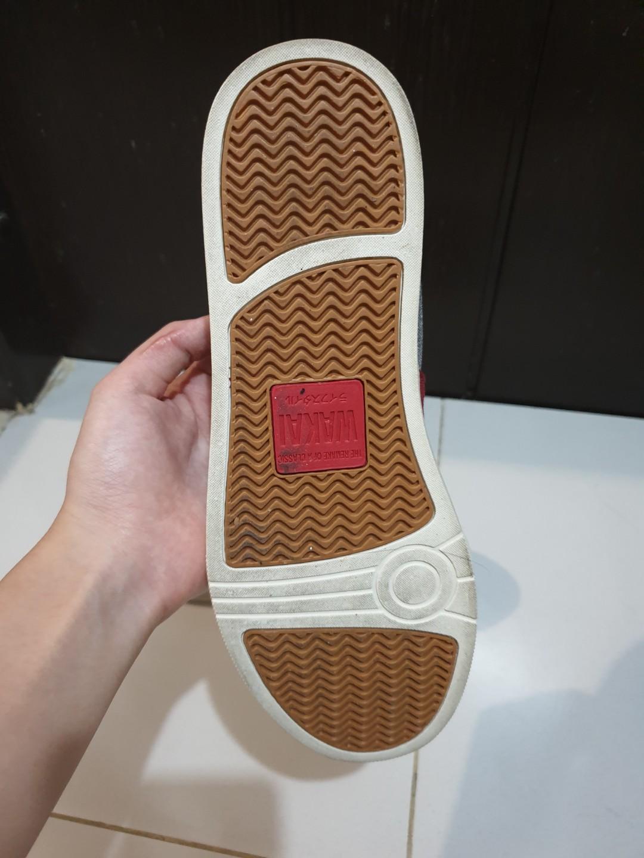Sepatu Wakai