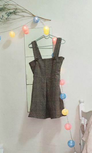NET 短版格紋吊帶裙 (僅在家試穿過)