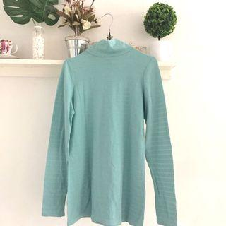 Tosca Turtleneck