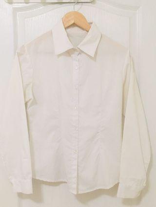 大領白襯衫