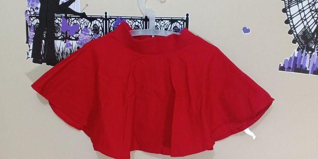 Red Flare Skirt & Tengtop White