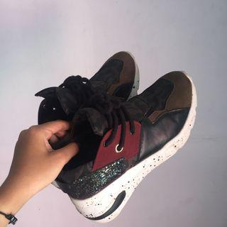 Determiner payless brassh sneakers