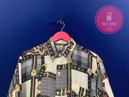 絲巾花襯衫