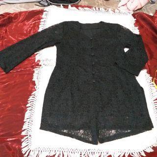 Brokat hitam
