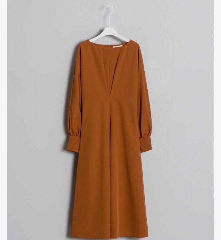 厚雪紡質感打褶長袖洋裝