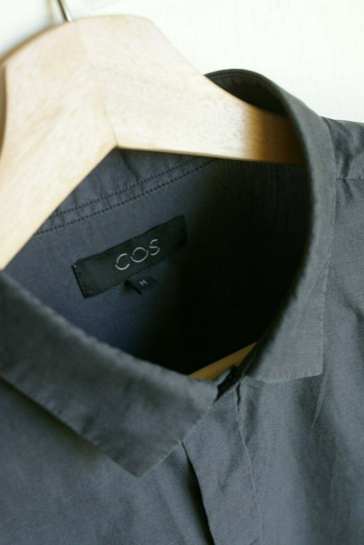 COS Grey Short-Sleeve Casual Button Shirt | RRP $108