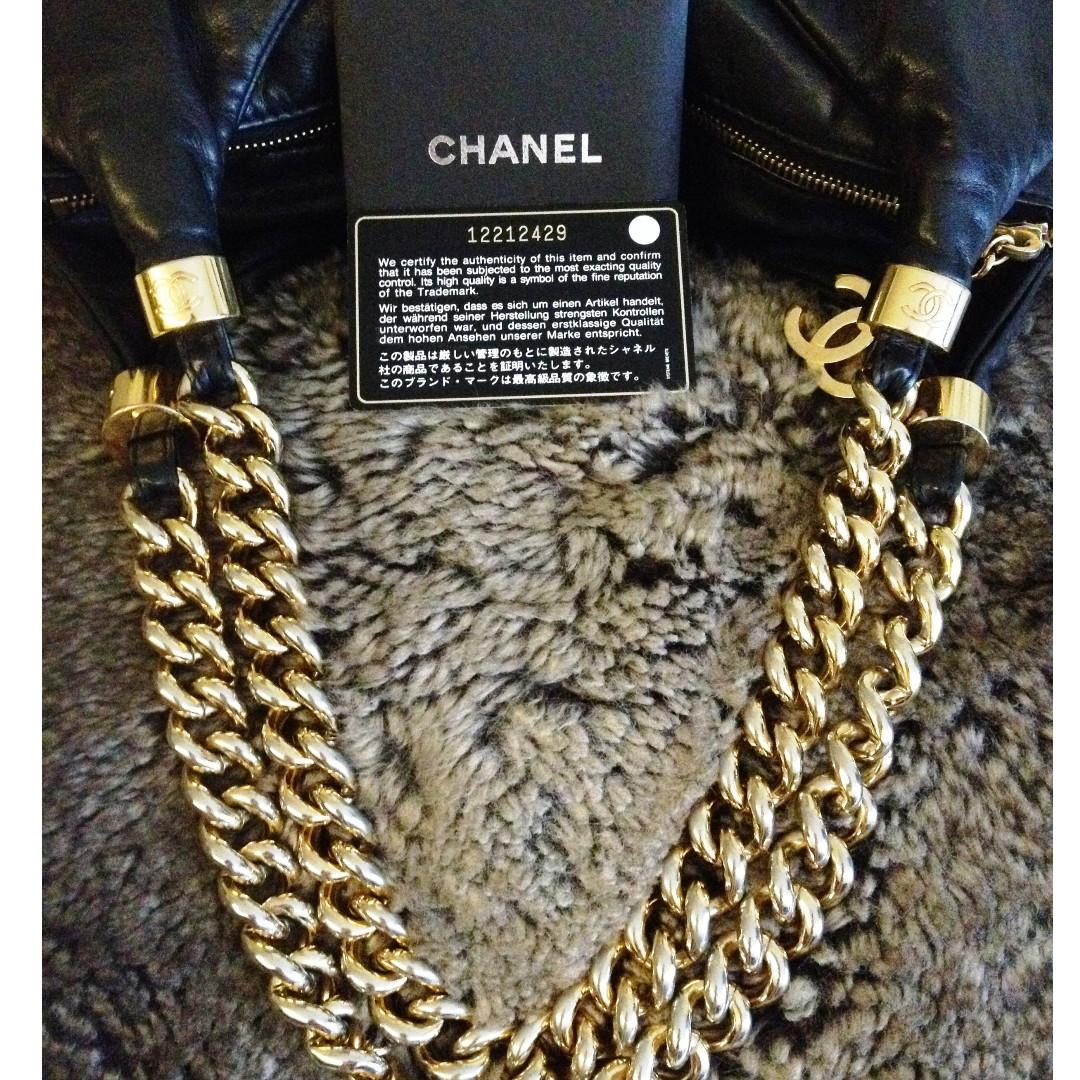 FULL SET CHANEL Black Calf Leather Gold Chain Hobo Celebrity Bag