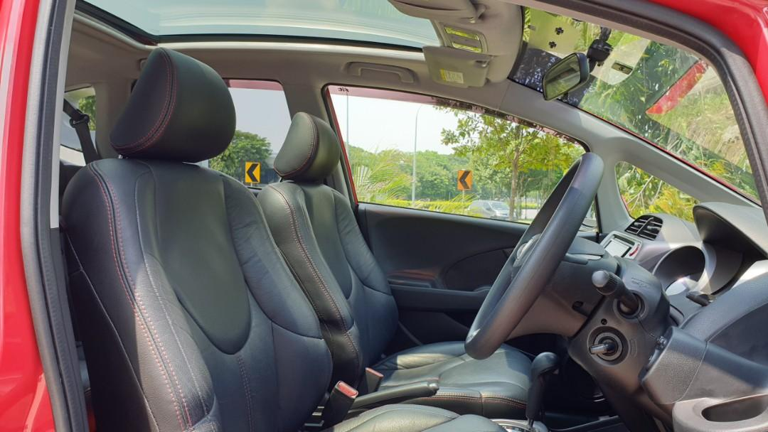 Honda Fit 1.3 G Skyroof Auto