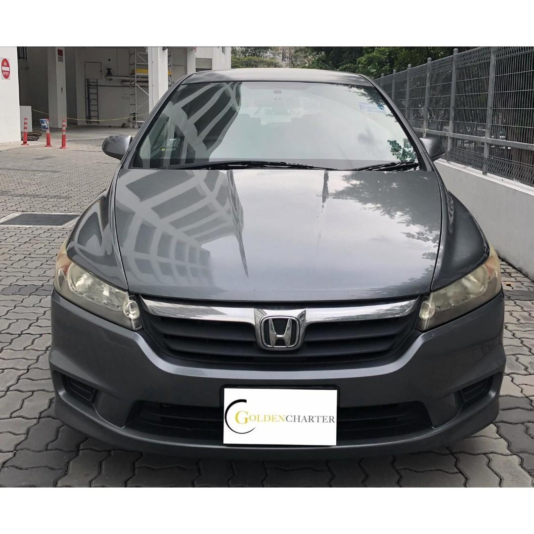 Honda Stream Vehicle Rental, Gojek weekly rebate available. PHV and Personal can rent with us