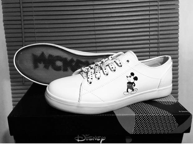 world balance mickey mouse shoes off 50