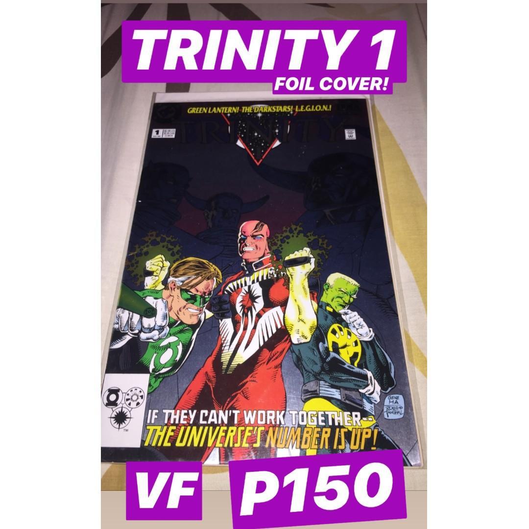 Random DC Comics Set (Teen Titans, Young Justice, Robin, Impulse, Trinity (90s) #1 foil cover)