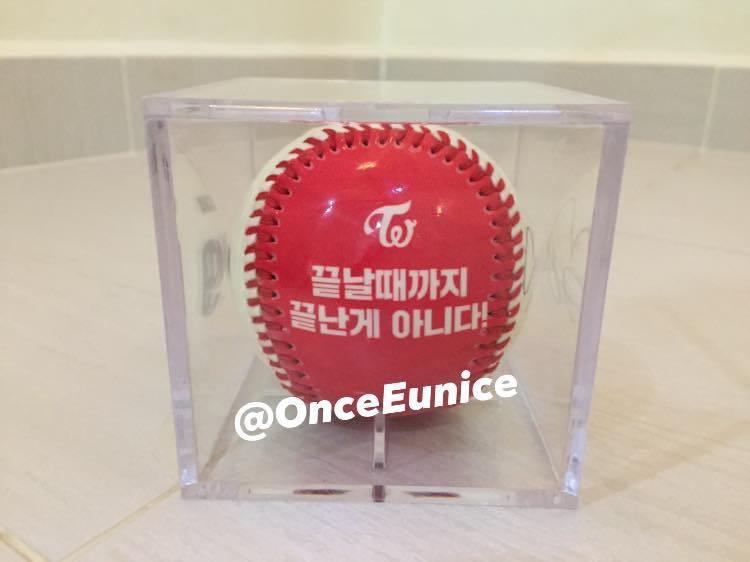 [RARE & OFFICIAL] TWICE Sana Strikezon Baseball ⚾️