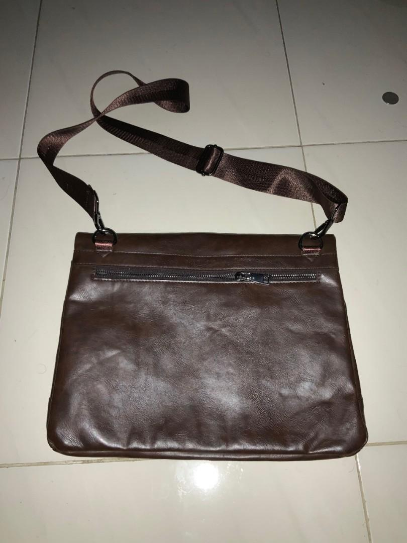 tas selempang / sling bag pria /clutch