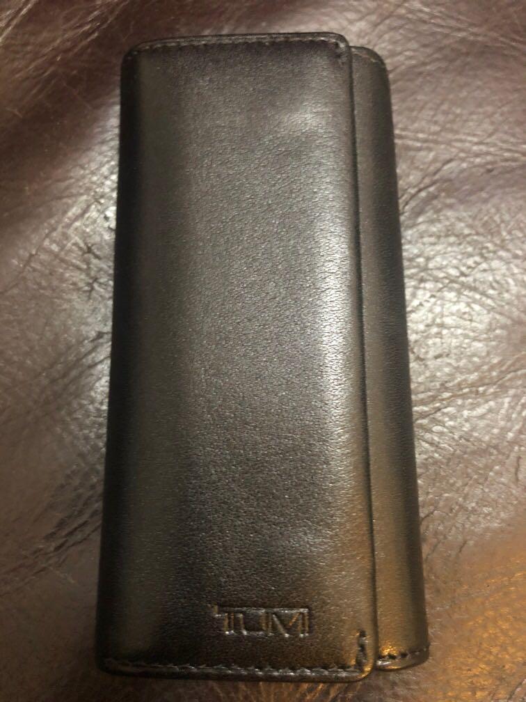Tumi key holder
