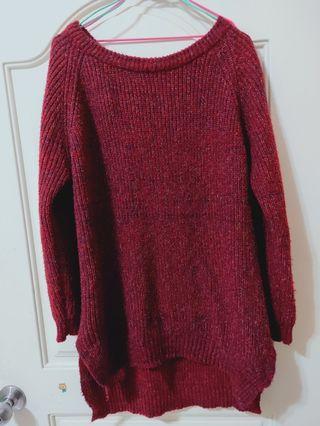 長版酒紅毛衣